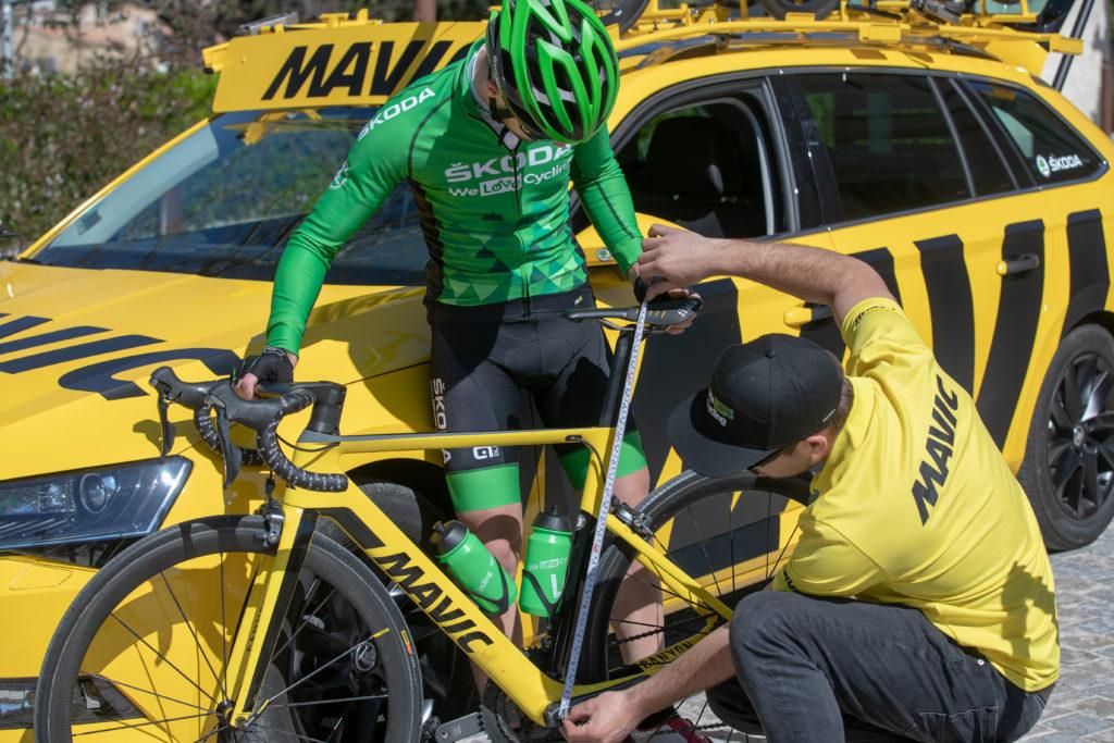 N'hésitez pas à demander conseil dans les magasins de cycle, les techniciens vous aideront à déterminer la bonne hauteur de selle.