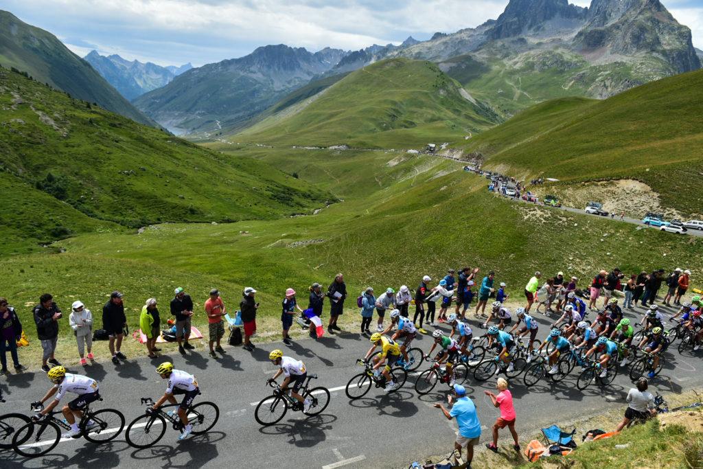 Le Col de la Croix de Fer (2067 m) – Alpes