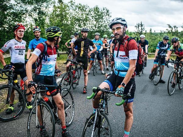 les participants à la sortie skoda we love cycling