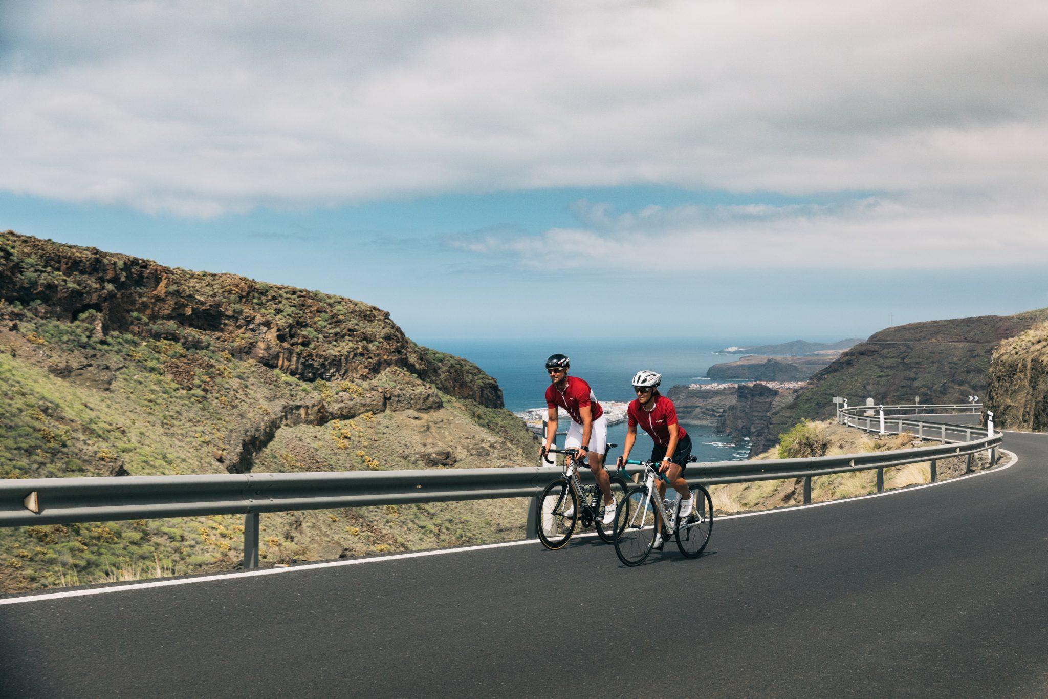 Les meilleures destinations où faire du vélo au soleil en hiver